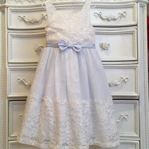 Nordstroms IRIS & IVY girls Lace dress 6